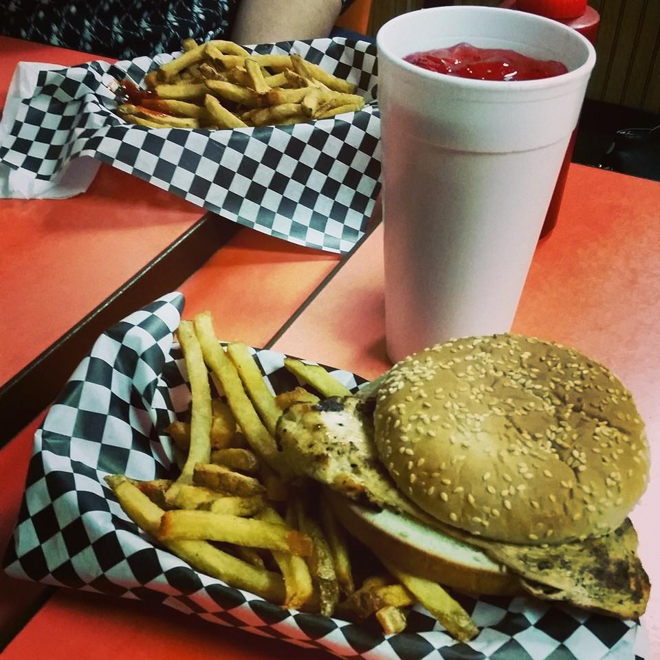 lennys-burger-shop